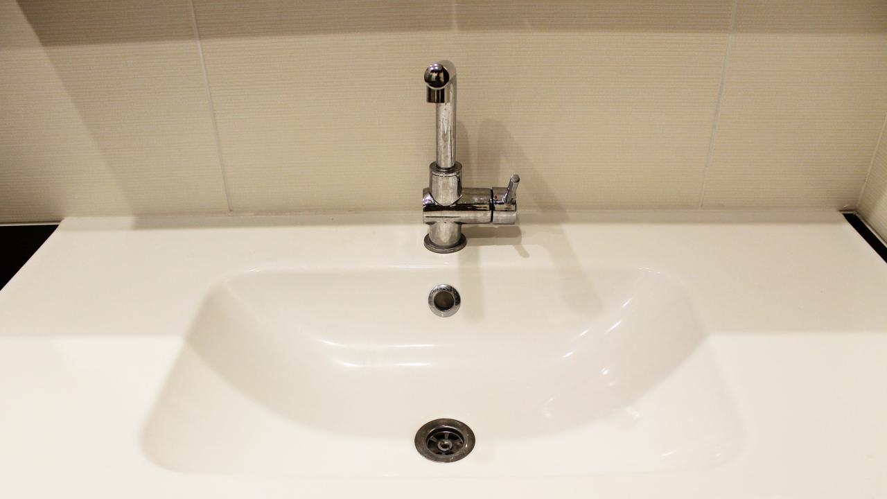 От 2 август спират за един месец топлата вода в Перник