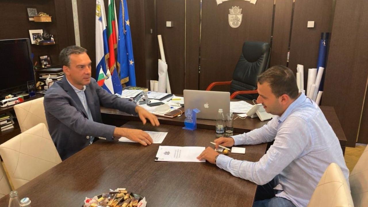 Председателят на НПСС Даниел Парушев се срещна с кмета на Бургас Димитър Николов