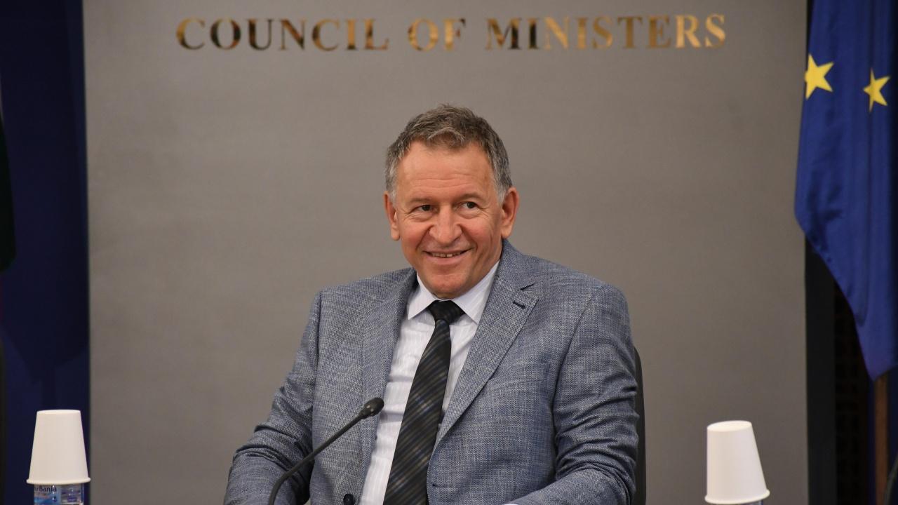 Министър Кацаров издаде заповед, касаеща списъка на държавите със значителна промяна в епидемичната ситуация
