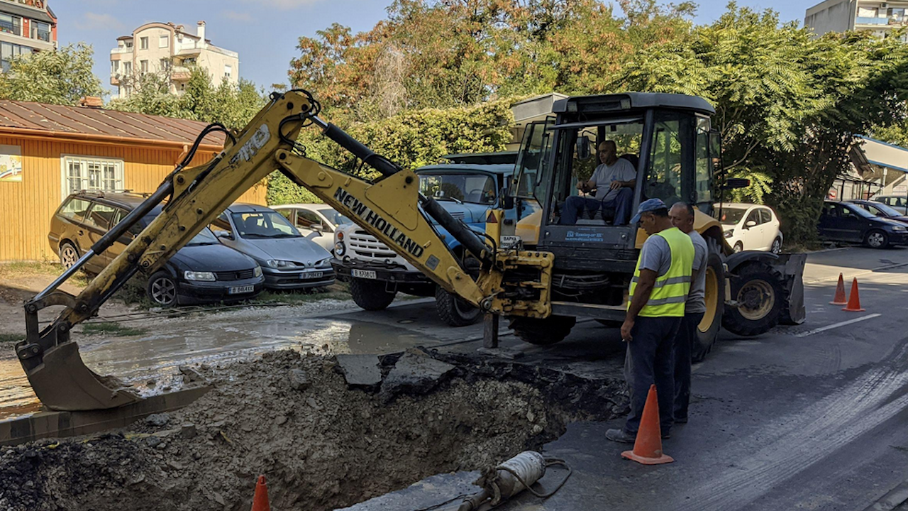 Авария на главен водопровод остави без вода Велинград