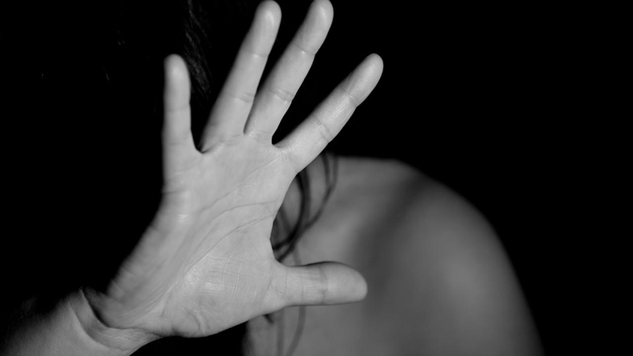 Дъщерята на афганистанския посланик в Пакистан е била отвлечена и малтретирана