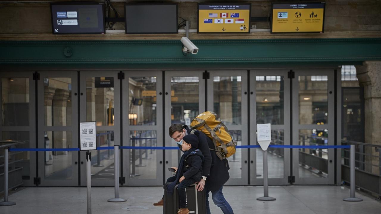 Франция затяга контрола за пристигащите от Испания