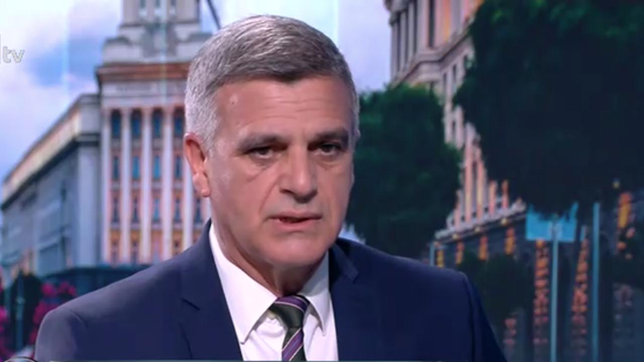 Стефан Янев: Почти всички партии опитаха да купуват гласове на парламентарния вот