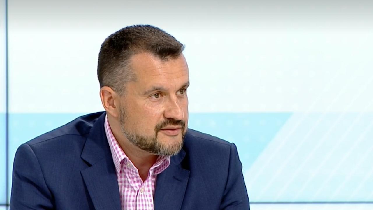 """Калоян Методиев не изключва договорки за избори """"2 в 1"""" в полза на служебния кабинет"""