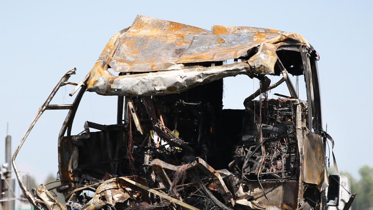 Двадесет и осем загинали  и 40 ранени при автобусна  катастрофа в Пакистан