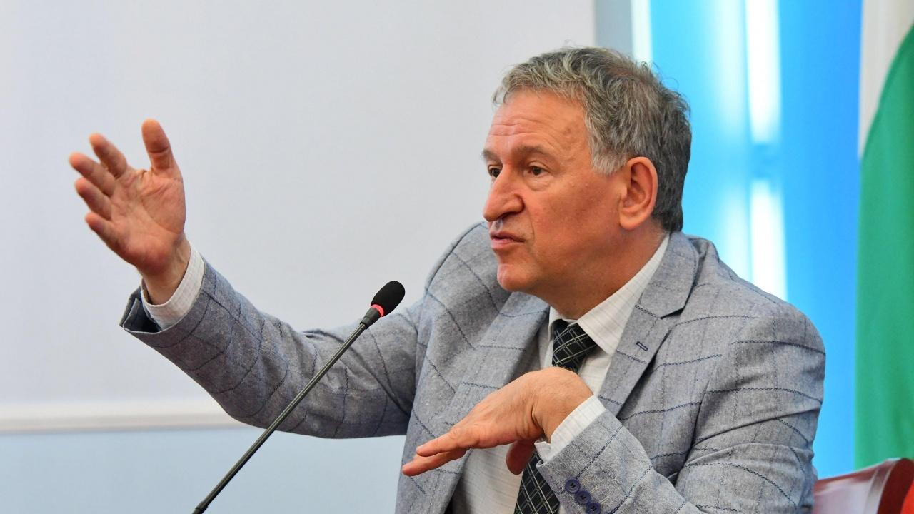 Бивш депутат за Стойчо Кацаров: Ако беше посегнал на ВМА, щяха да го подгонят с оръжие