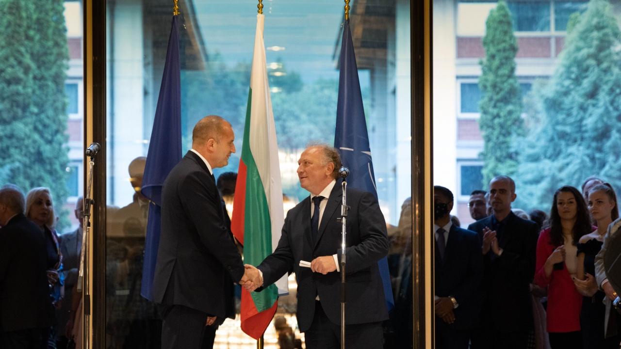 Румен Радев: Българската дипломация умело доказва способността си да защитава националния интерес във време на динамични промени