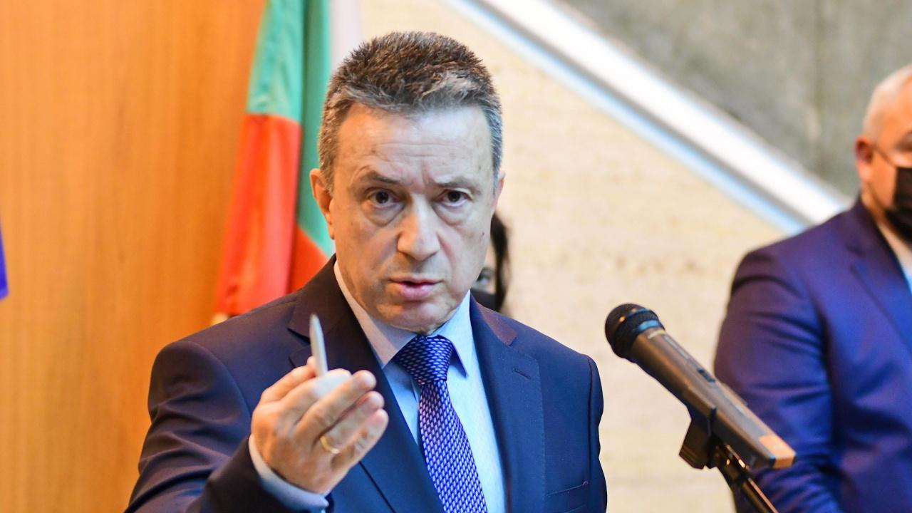 Янаки Стоилов се обръща към депутатите, ако ВСС не отстрани Иван Гешев