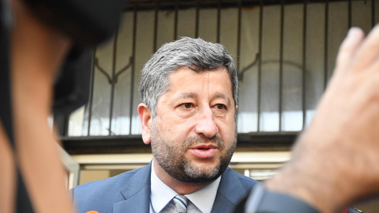 Христо  Иванов:  Неофициални разговори не трябва да се превръщат в политически новини