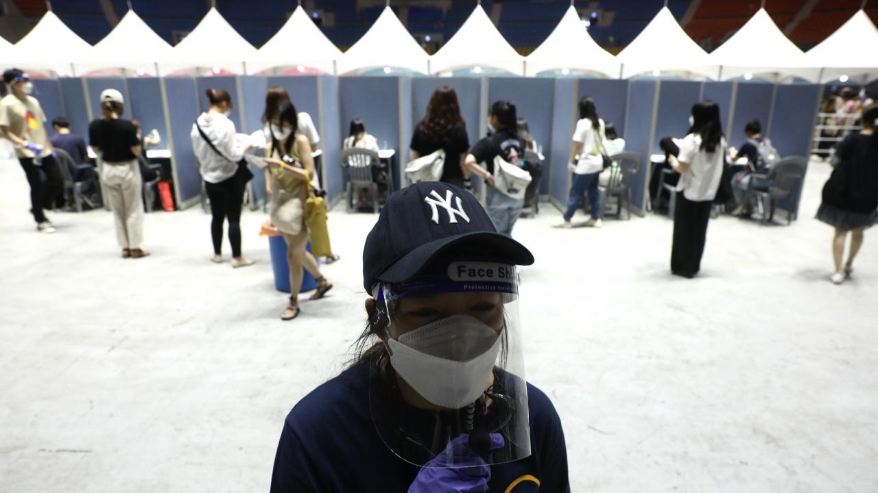 Южна Корея с нов черен рекорден по заразени
