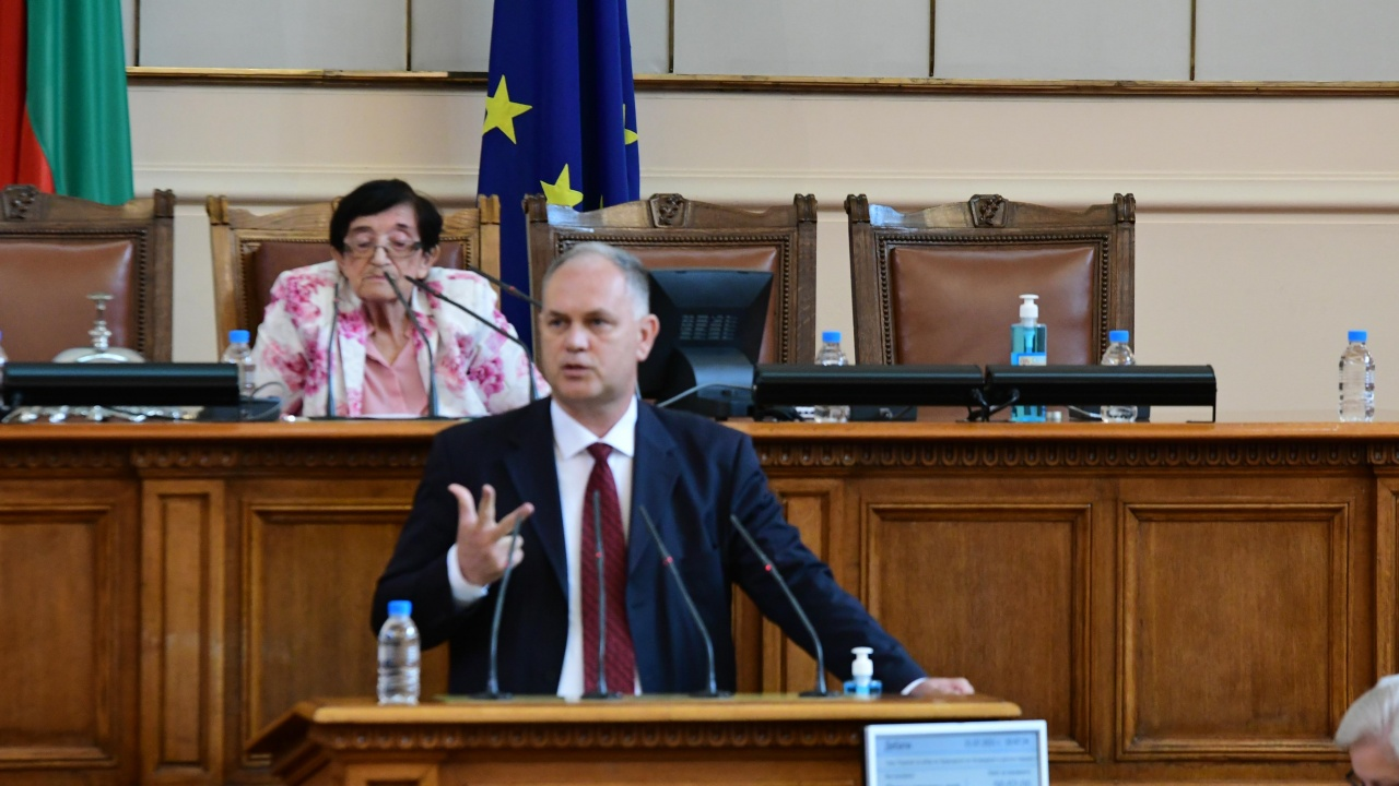 БСП не подкрепиха Ива Митева за председател на парламента, нямало да подкрепят и правителство на ИТН