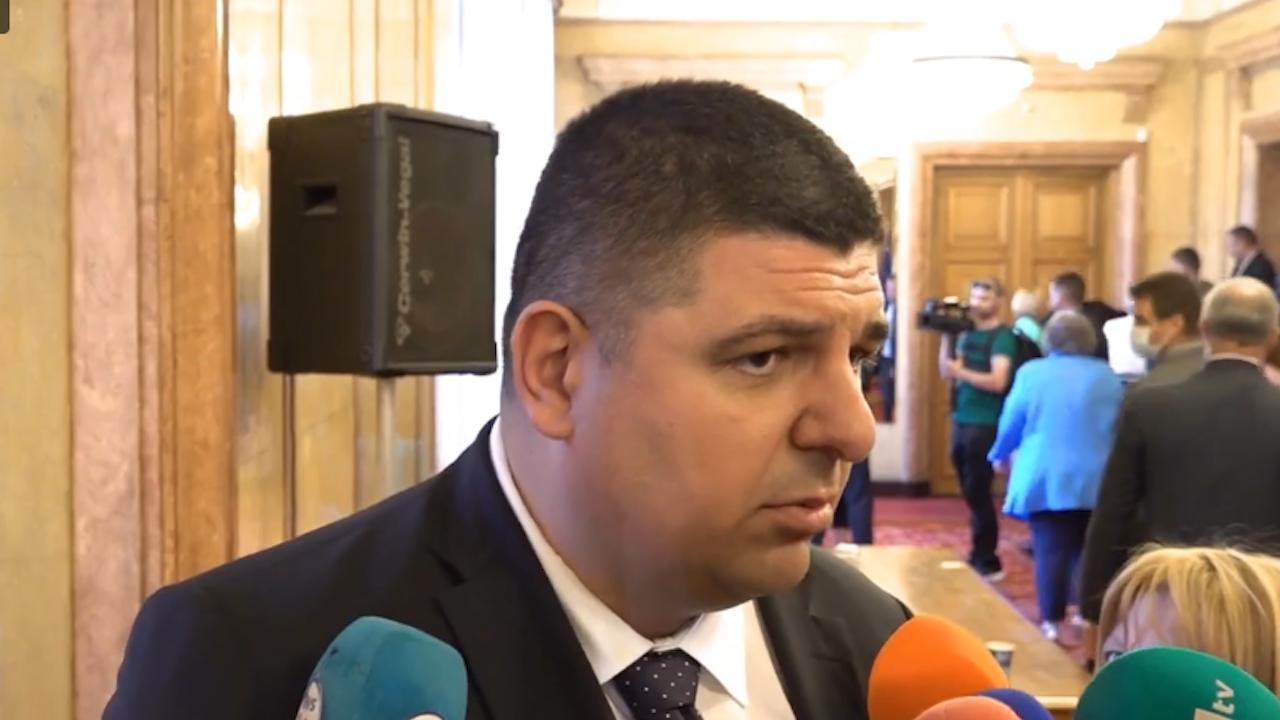 ДБ иска диалог за съставянето на правителство, а не готови кабинети