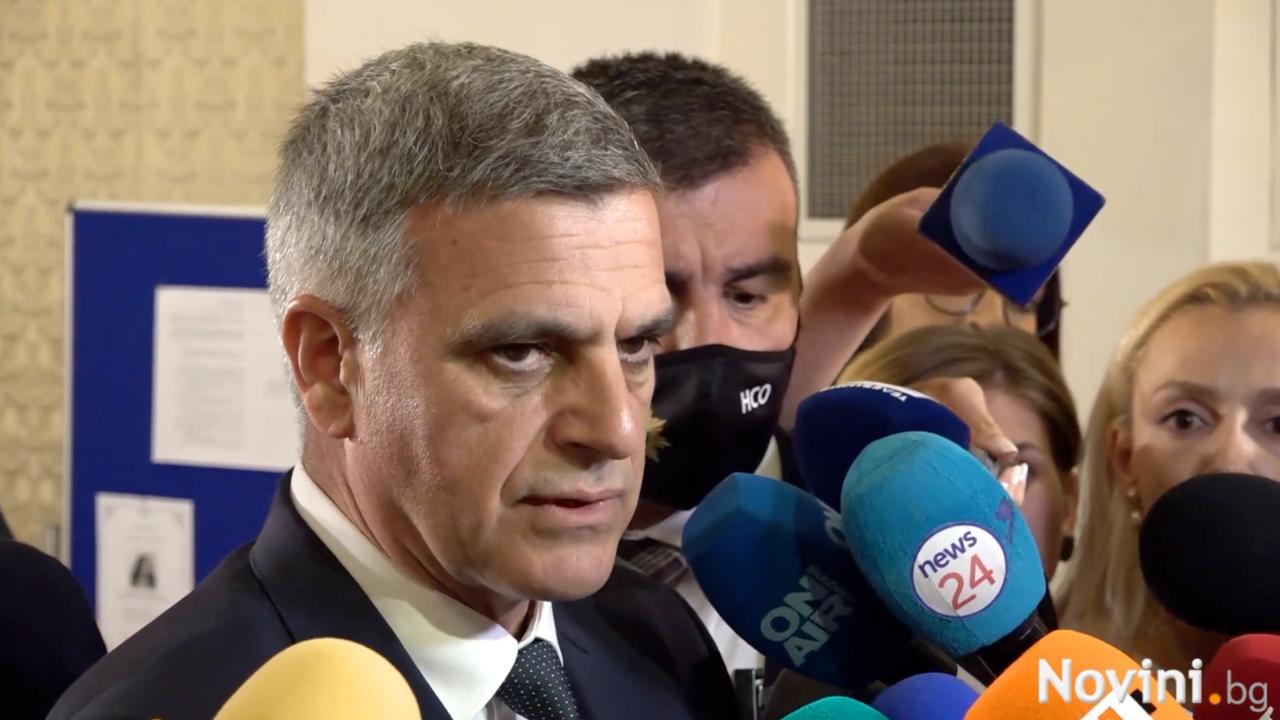 Стефан Янев за предложението служебни министри да станат редовни: Всичко е възможно