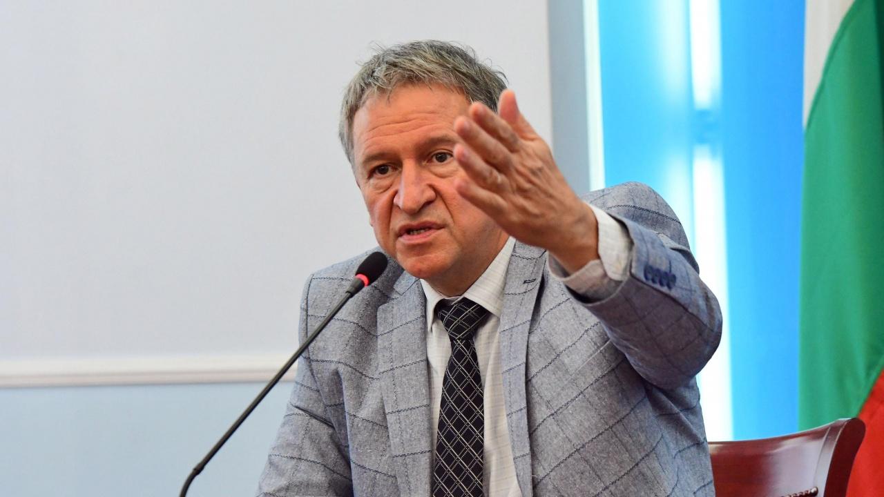 Заведенията към Кацаров: Ще искаме оставки и ще третираме като терорист всеки, който спомене за затваряне!