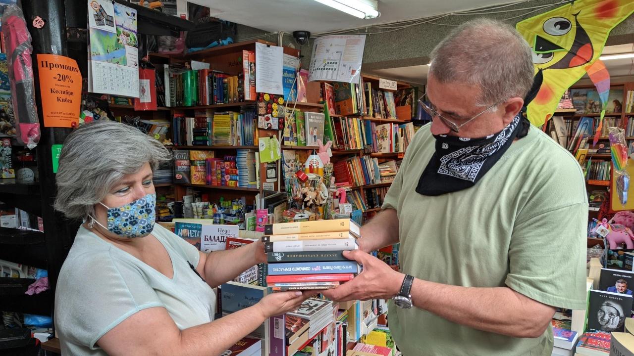 Проект събира стари книги във Варна