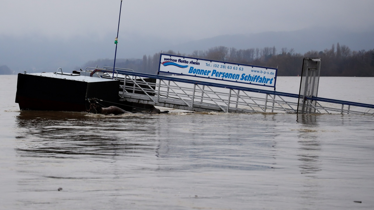 В Германия: Няма надежда да открием оцелели след наводненията