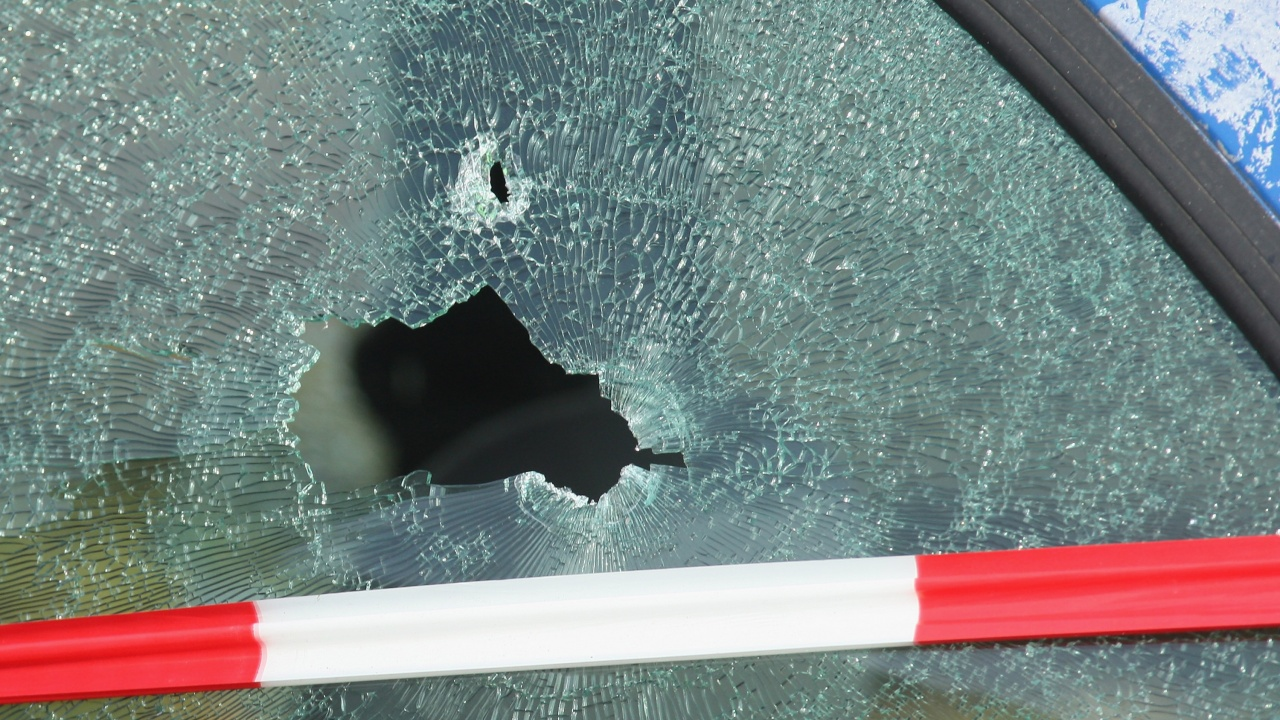 Намериха застреляна порноактриса в колата ѝ