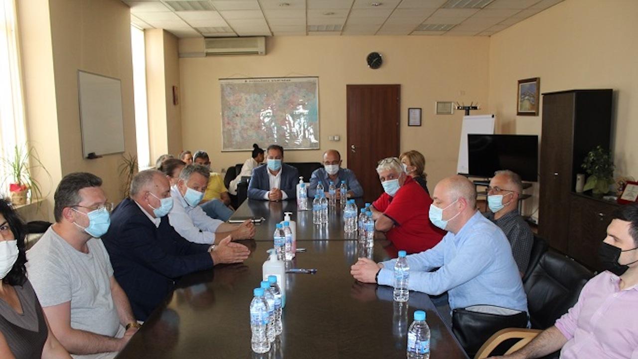 """МЗ и протестиращите медици от """"Пирогов"""" постигнаха консенсус"""