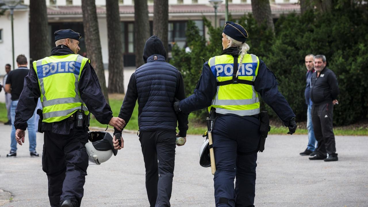 Изправена пред война между бандите, Швеция ще въведе по-строги наказания за млади престъпници
