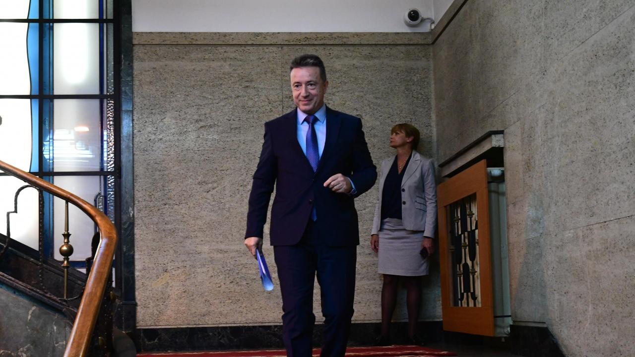 Според Янаки Стоилов решението на ВСС за Гешев е изпитание
