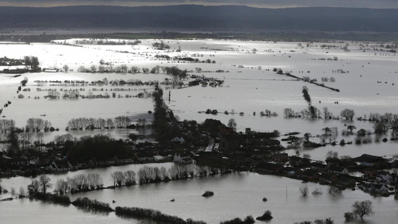 Броят на жертвите на наводненията в Белгия нарасна на 37