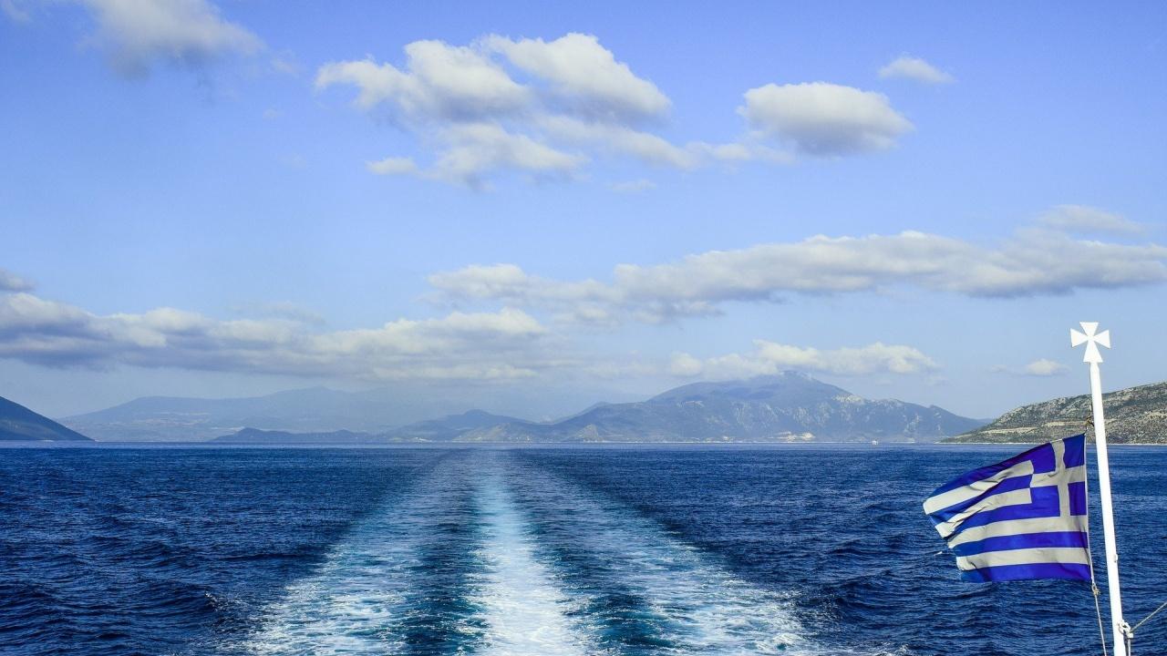 Над 4500 туристи не са били допуснати на фериботите в Гърция заради липсващи документи