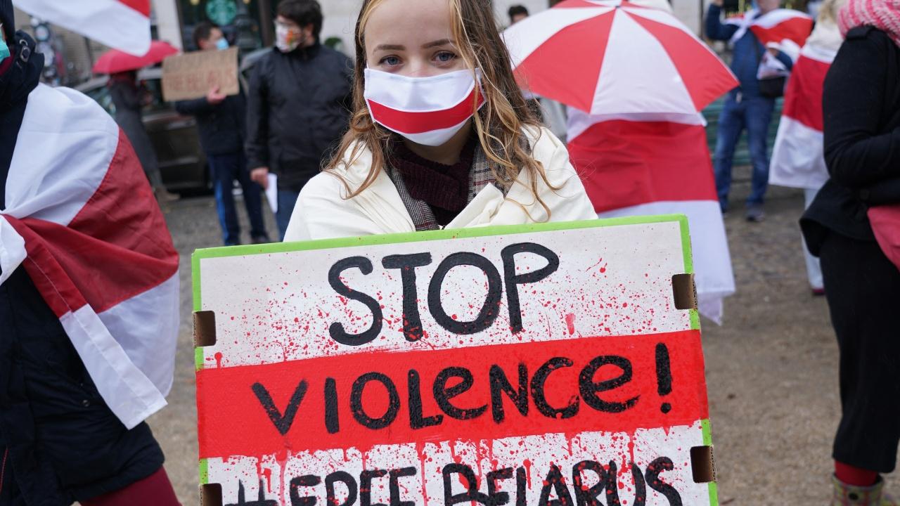 Режимът в Беларус  засилва репресиите си върху гражданското общество