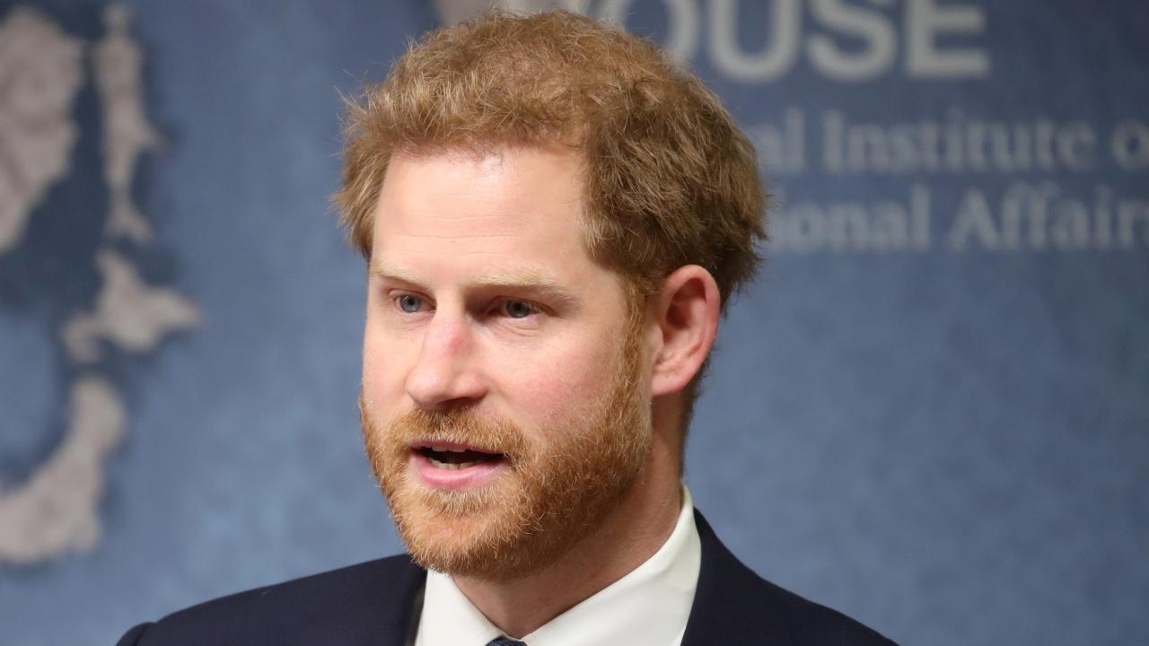Втори том с мемоари на принц Хари ще бъде публикуван след смъртта на британската кралица Елизабет II?