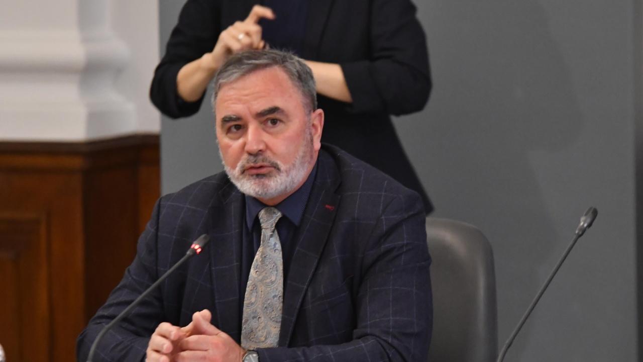 Проф. Кунчев: Следващата вълна на COVID-19 ще е на неимунизираните и младите