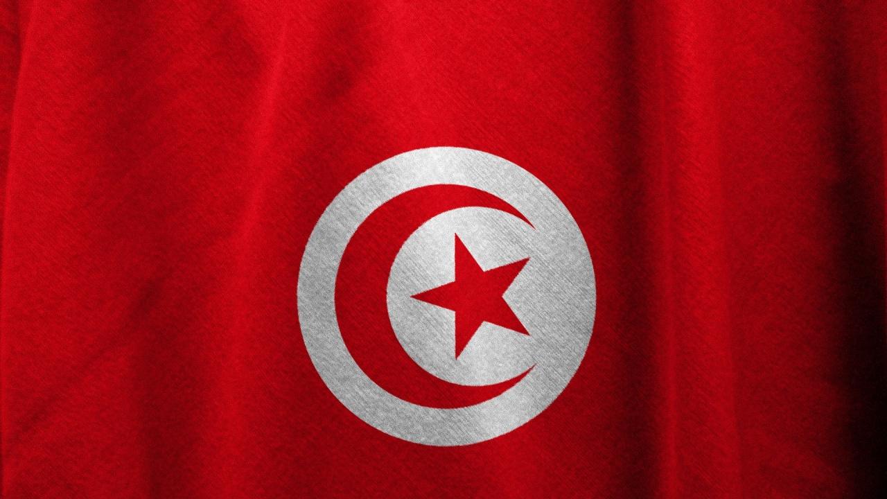 Президентът на Тунис прекрати дейността на парламента