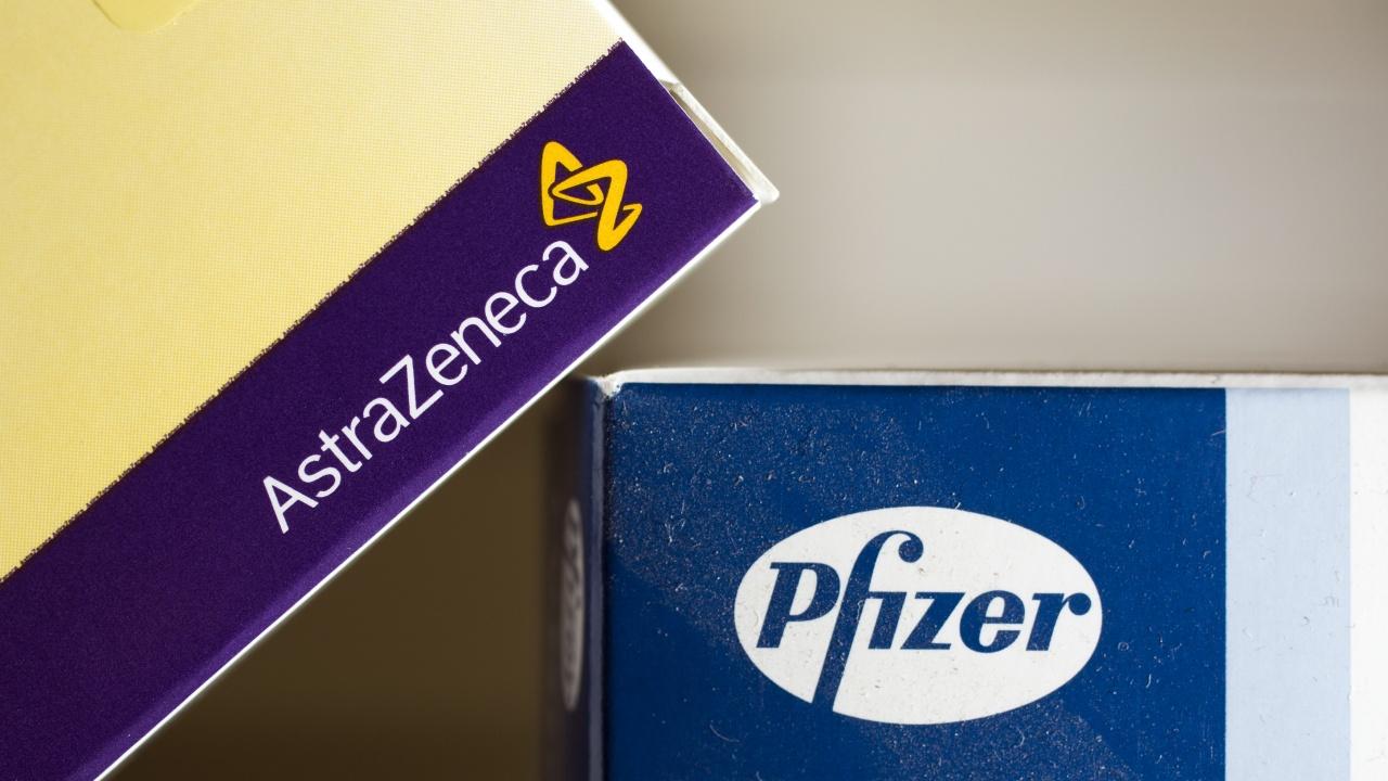Проучване: Комбиниране на ваксините на AstraZeneca и Pfizer повишава нивото на COVID антитела