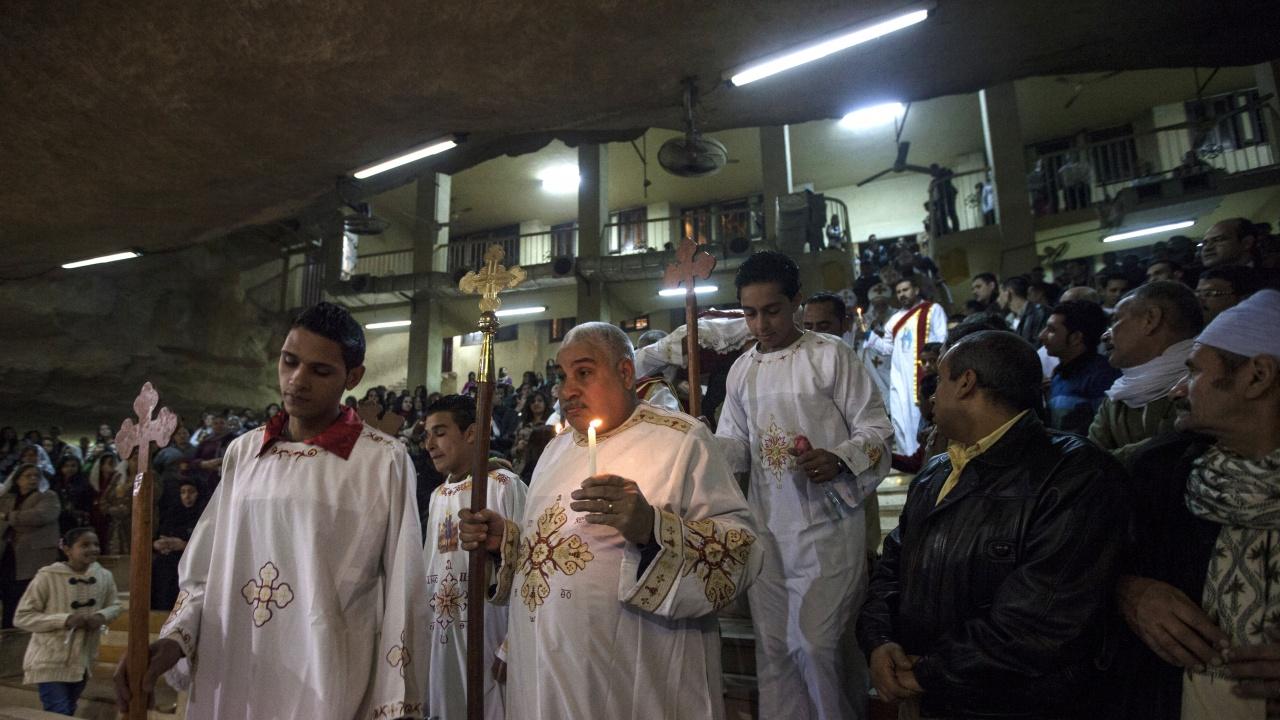 Египетското правителство узакони 76 църкви