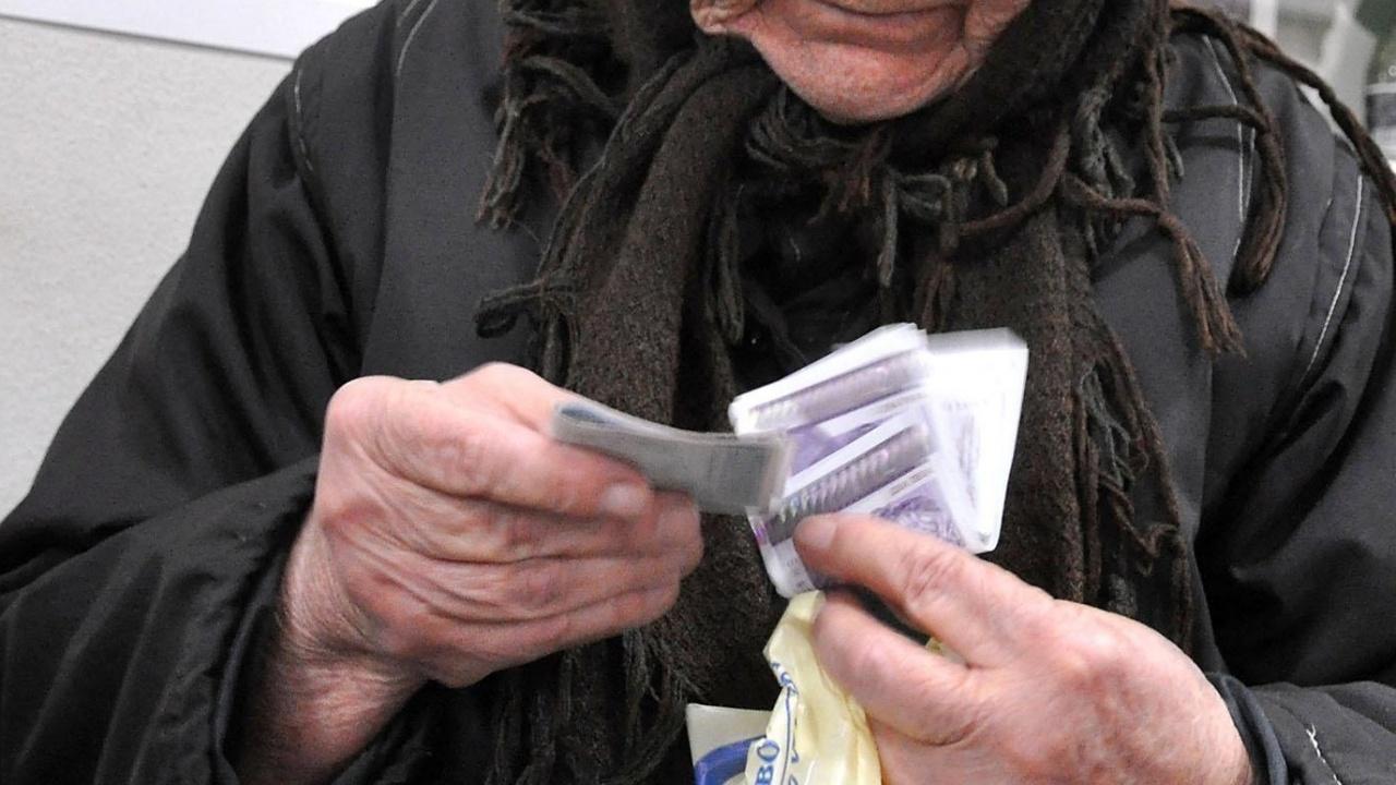 Експерт: Няма как да бъдат актуализирани пенсиите на всички възрастни хора