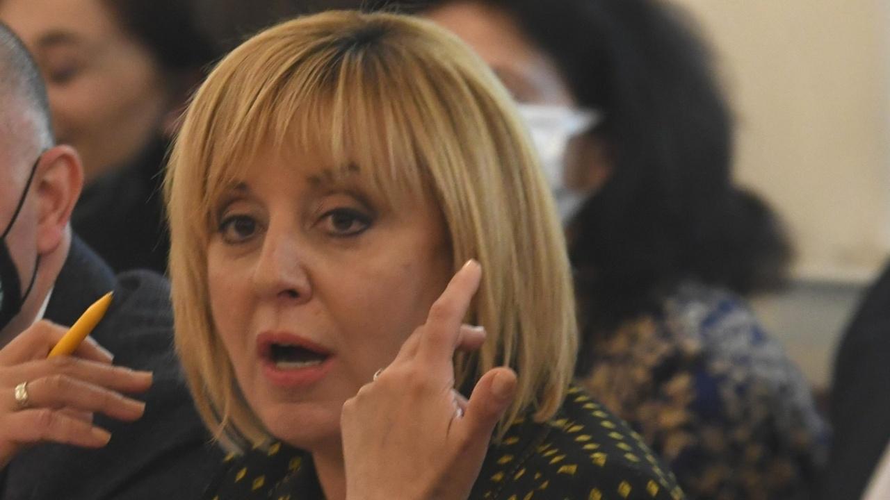 "Манолова: Цената на водата ""ще потопи"" българските домакинства"