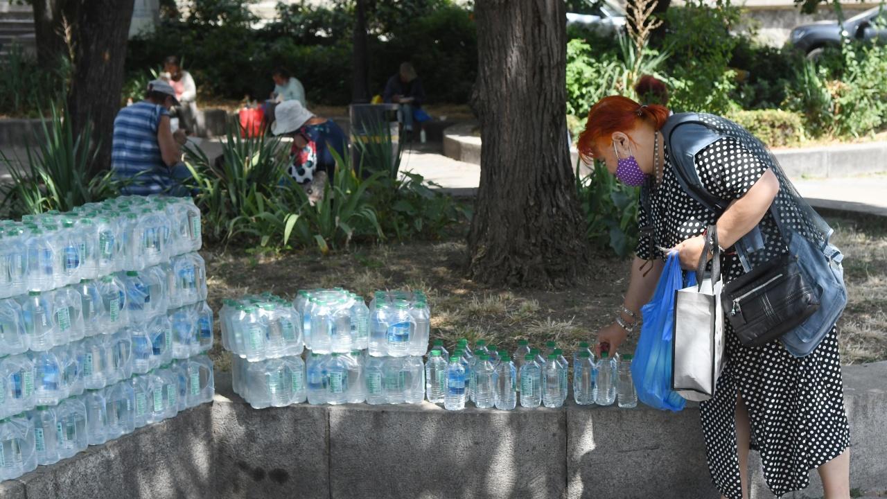 Община Кубрат осигурява безплатна минерална вода в горещините