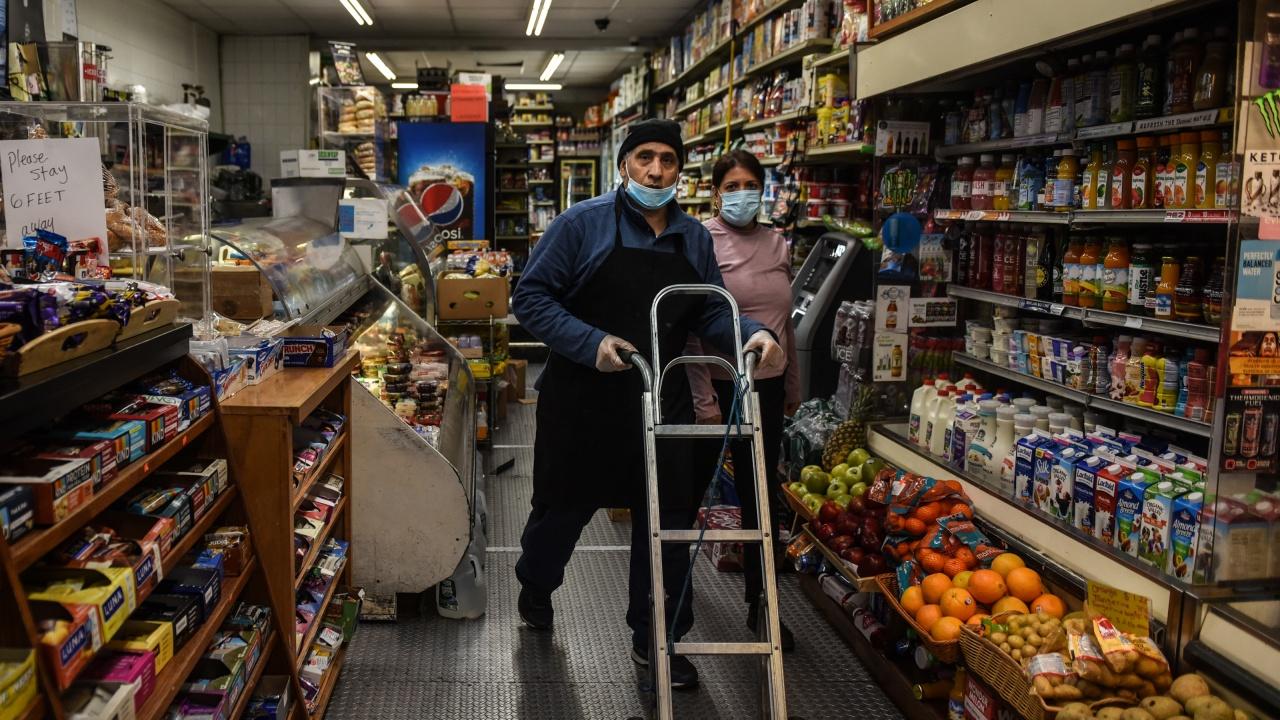 Египет достигна най-ниските нива на разпространение на COVID-19 след началото на пандемията