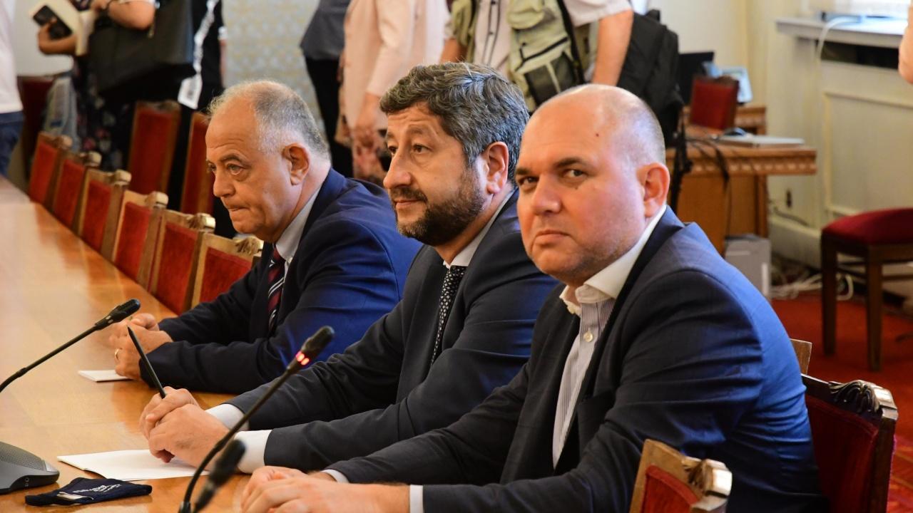 Демократична България иска Иван Гешев да отчете в парламента дейността на Бюрото за охрана на свидетели