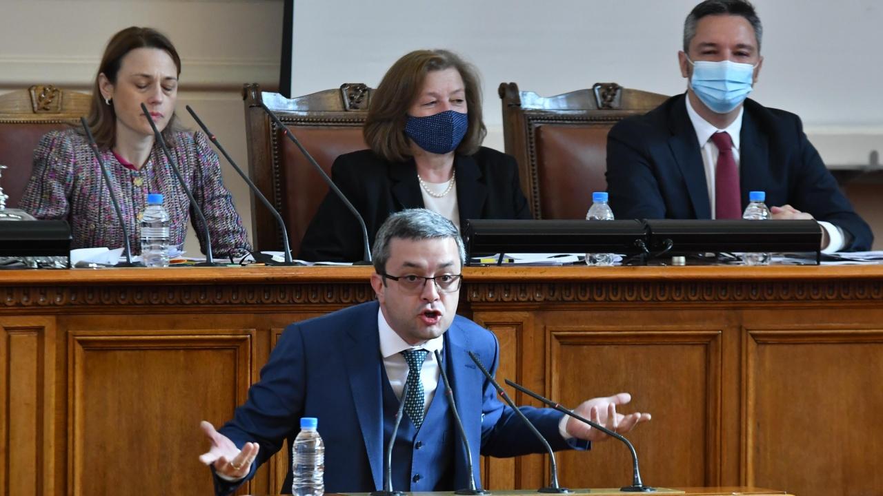 Тома Биков отказа да е част от комисията за протестите