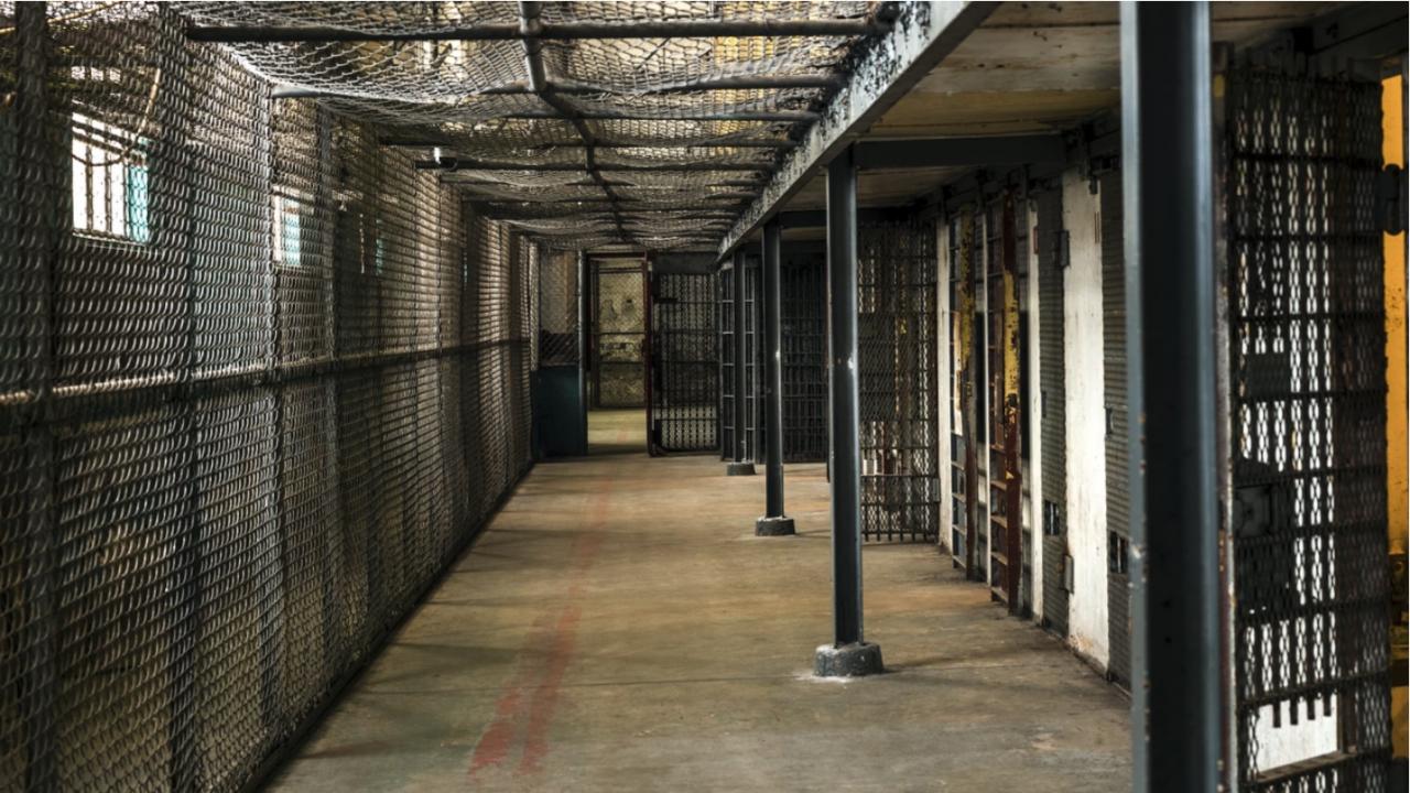 ВКС потвърди присъда от 15 години затвор за мъж, убил бездомна жена с брадва в Ямбол