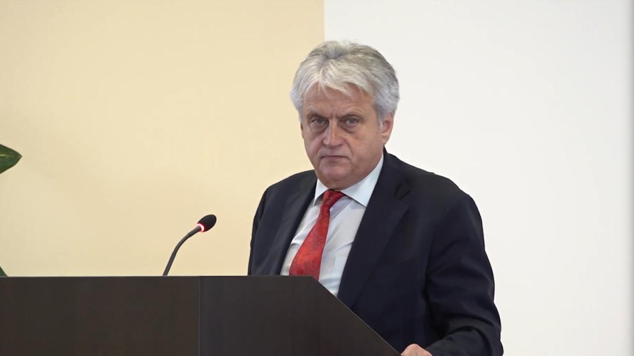 НА ЖИВО: Министър Рашков представя резултатите от мащабната полицейска операция срещу купуване на гласове