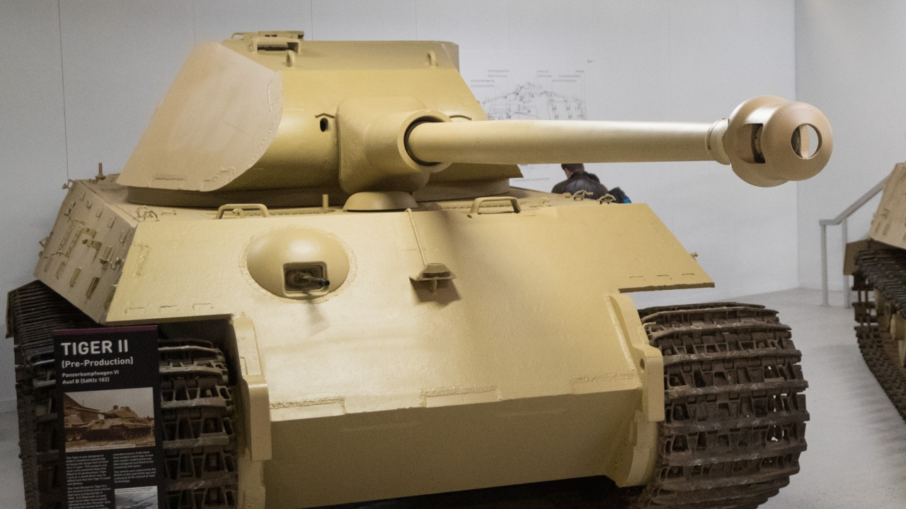 Съдят германски дядо за танк