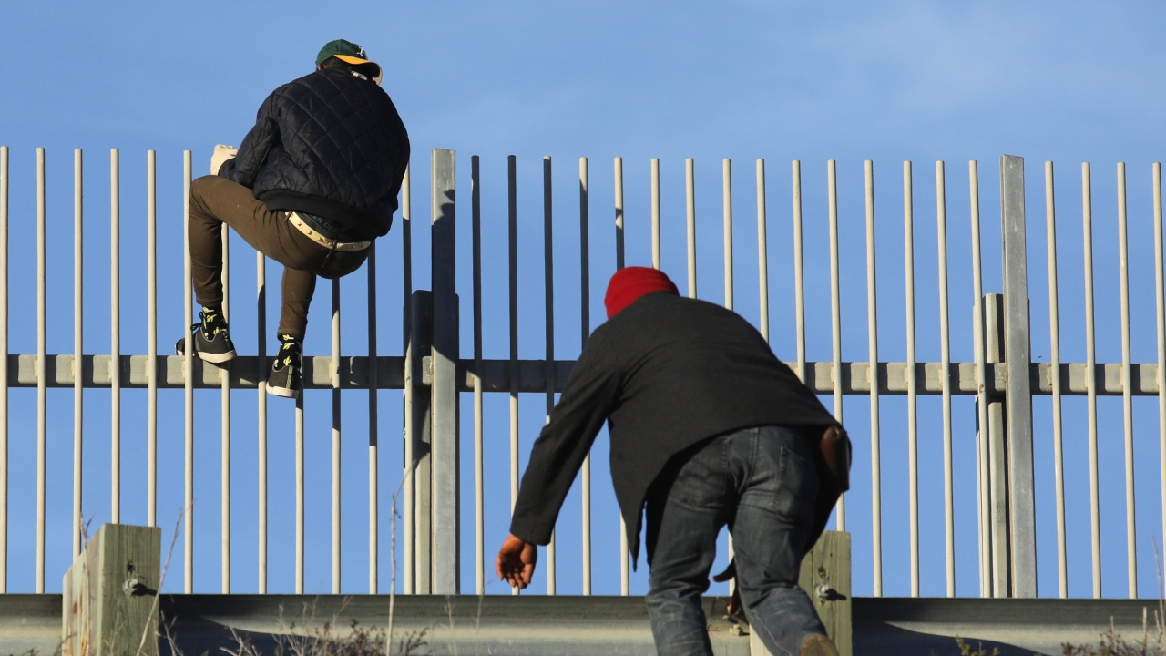 Литва отчете рекорден брой мигранти, влезли от Беларус