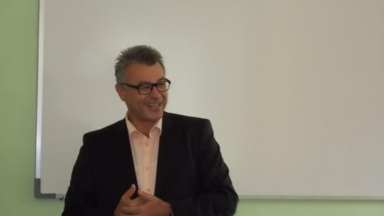 Бисер Манолов към политици: Егото ви е прекалено голямо