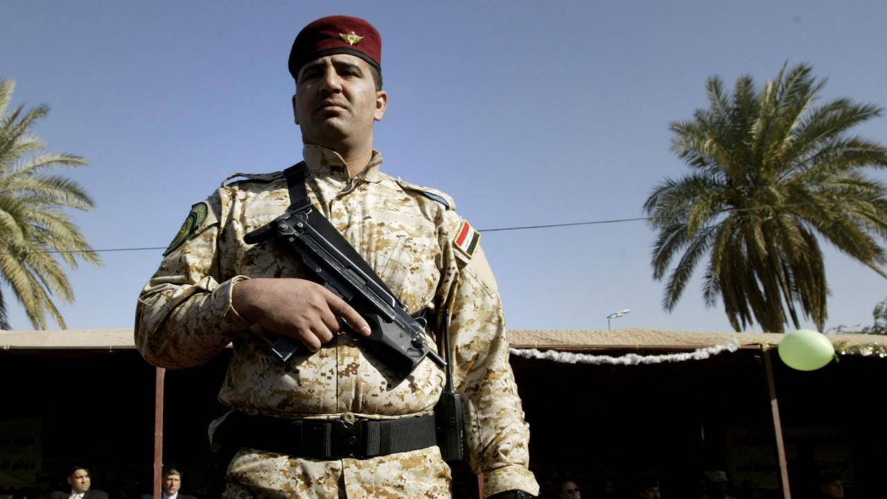 """Две ракети паднаха в """"Зелената зона"""" в Багдад"""
