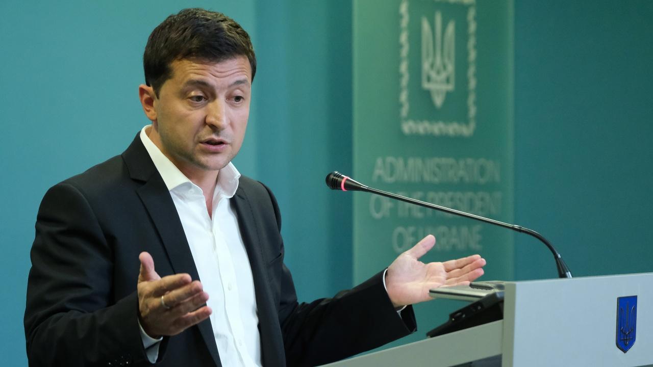 Президентът на Украйна смени военни и разузнавателни шефове