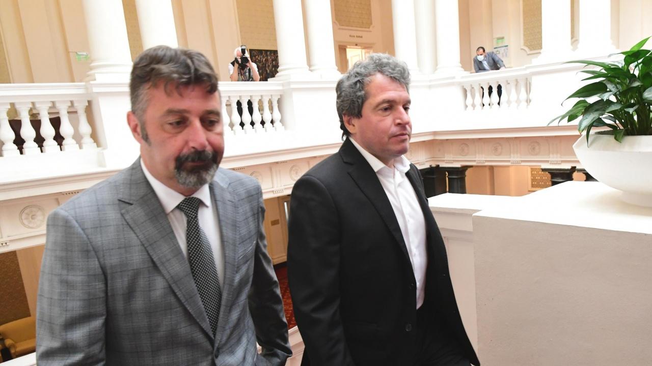Евгений Дайнов: Трифонов и хората около него не са излезли от 90-те години