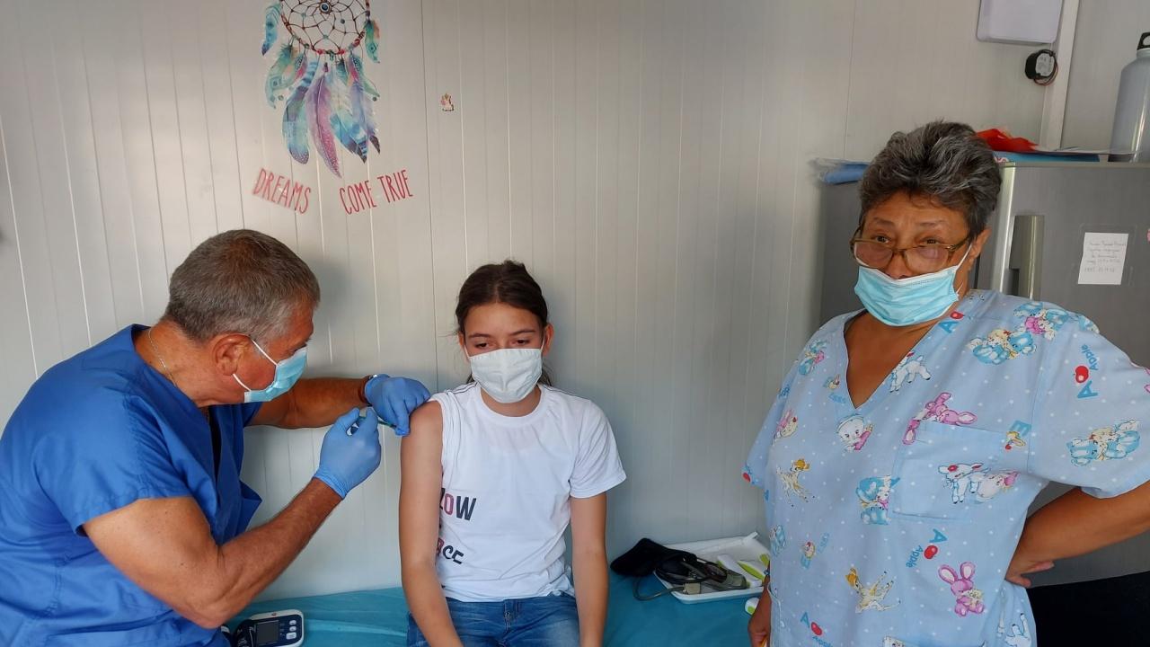 """В """"Александровска болница"""" имунизират и деца"""