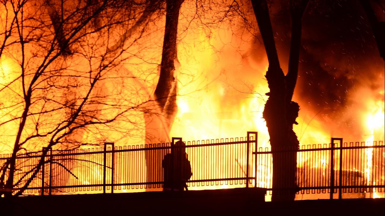 Огненият ад в Турция продължава трети ден