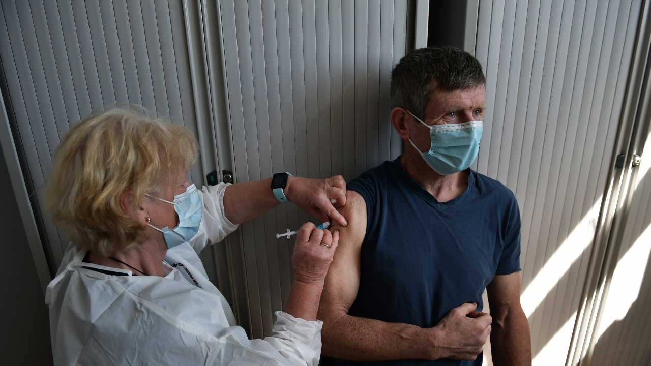 Над 72% от пълнолетните в Ирландия са изцяло ваксинирани