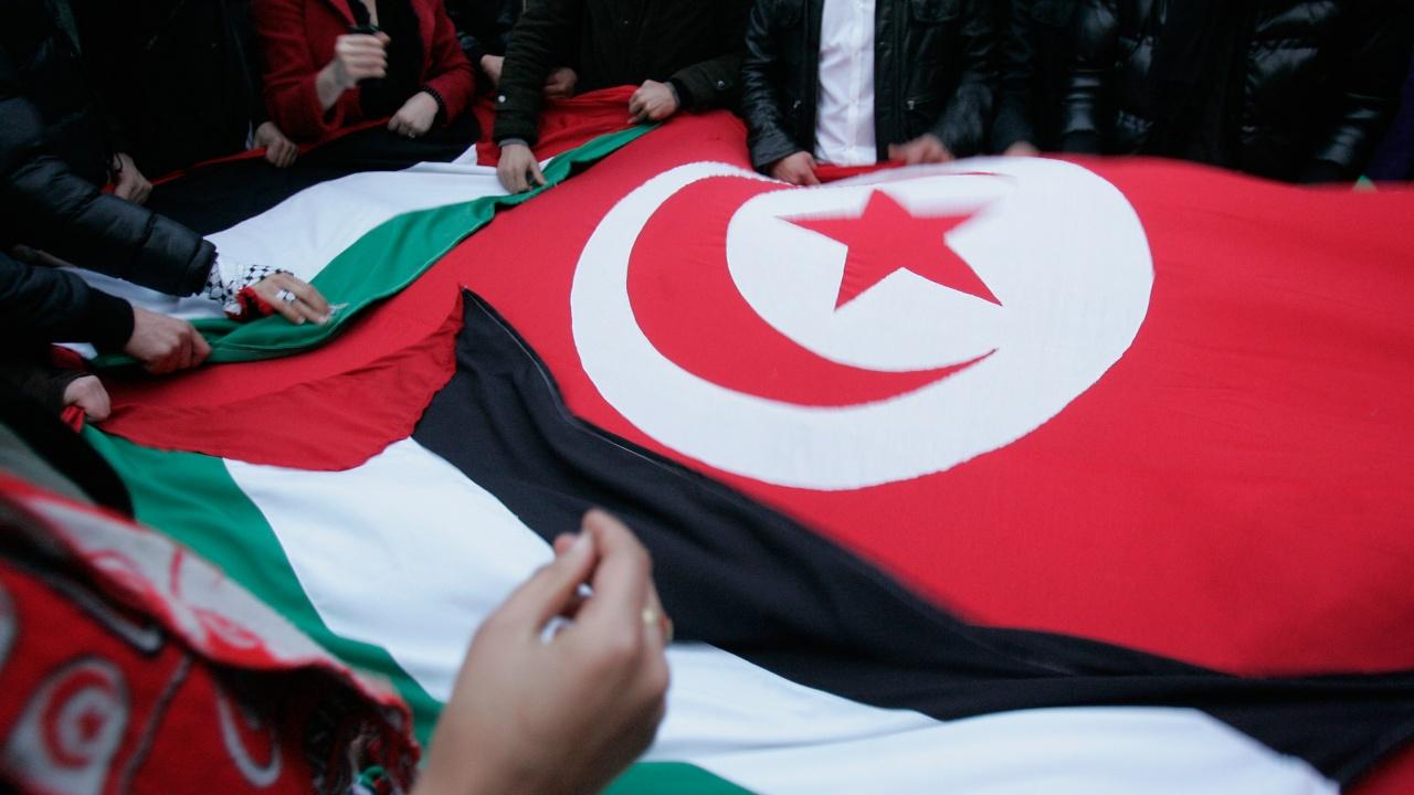 Съветник на Байдън: Тунис трябва да се върне бързо към демокрацията